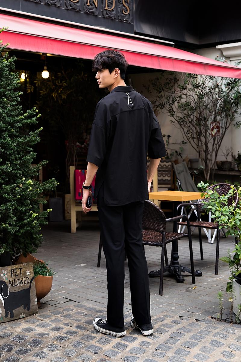 Yoo Jun, Street Fashion 2017 in Seoul