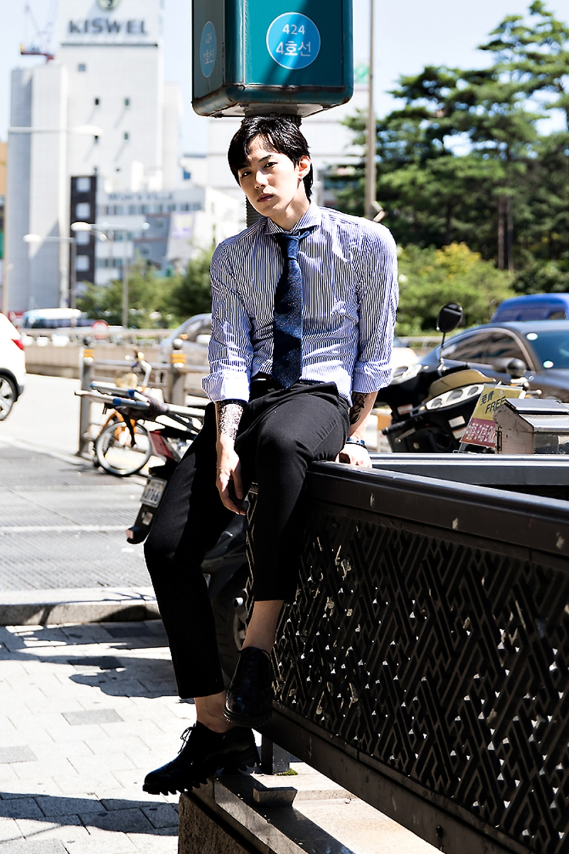 Jeon Sejin, Street Fashion 2017 in Seoul.jpg