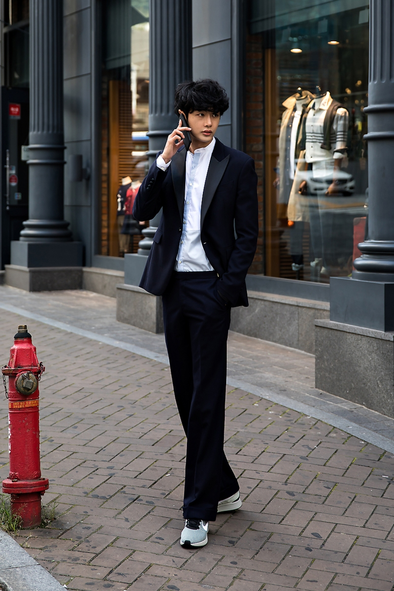 Kang Hee, Street Fashion 2017 in Seoul.jpg