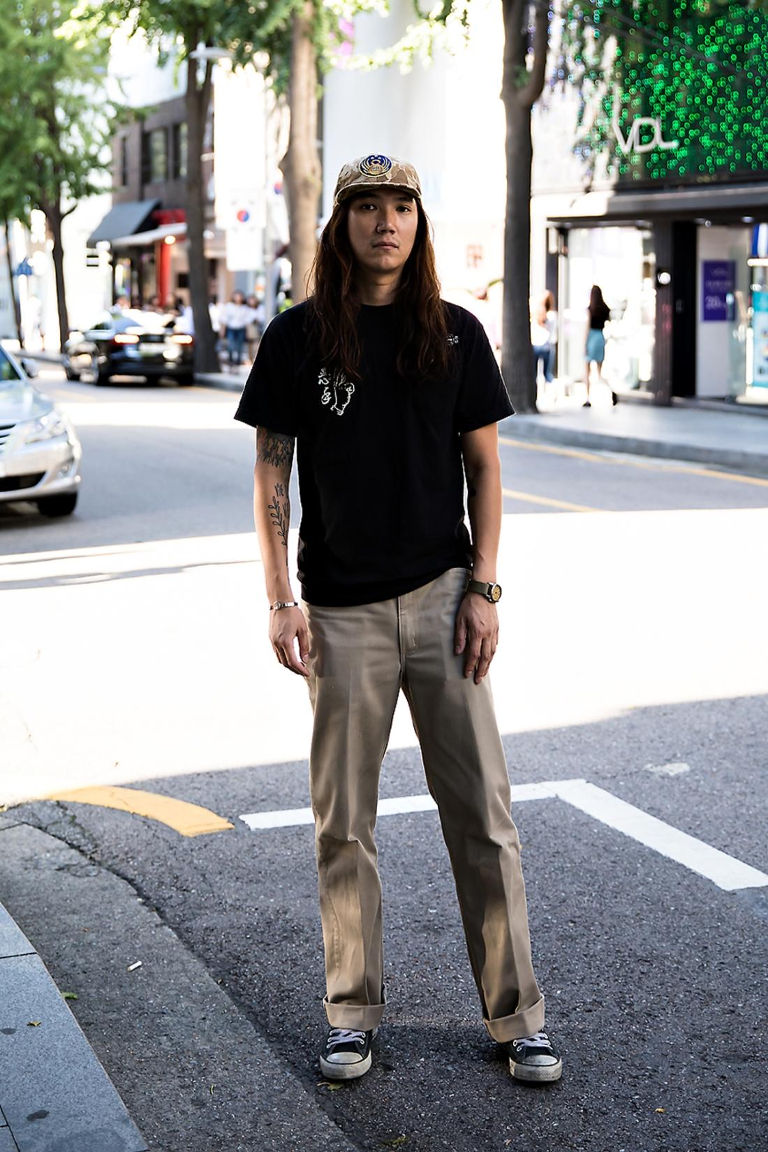 Kim Soobok, Street Fashion 2017 in Seoul.jpg