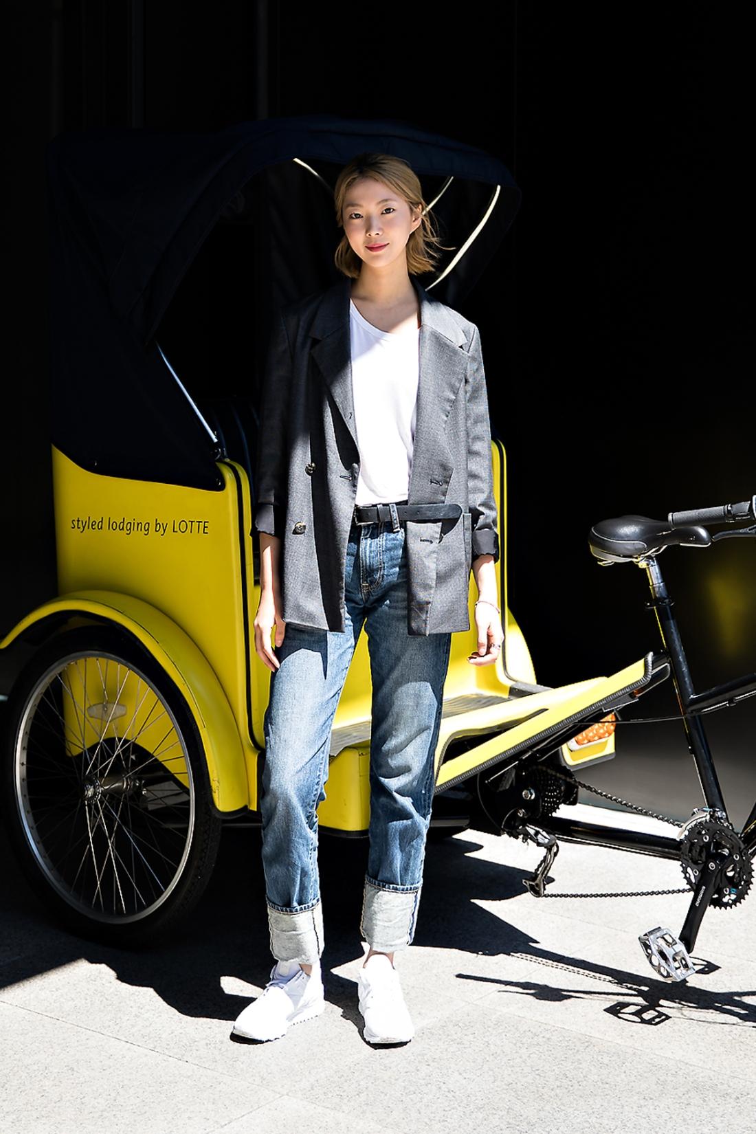 Kim Yerim, Street Fashion 2017 in Seoul.jpg