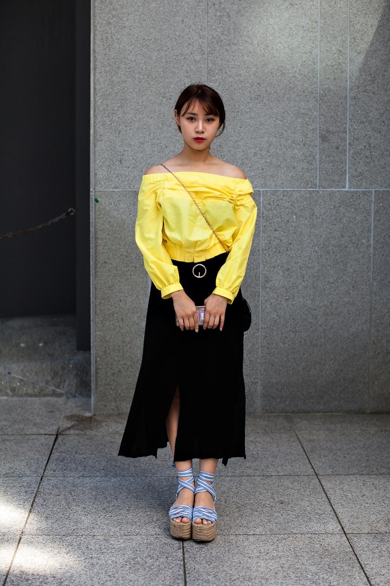 Seo Hayan, Street Fashion 2017 in Seoul.jpg