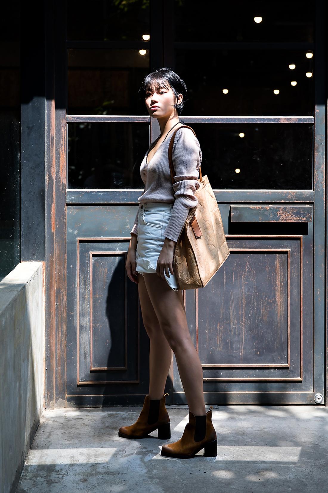 Son Jinhee, Street Fashion 2017 in Seoul.jpg