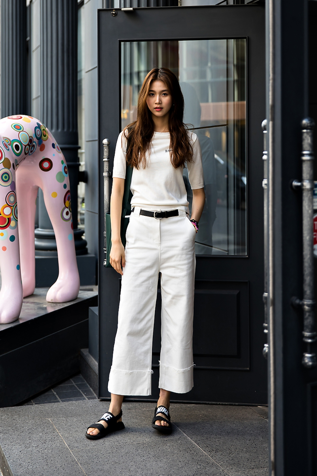 Um Yejin, Street Fashion 2017 in Seoul.jpg