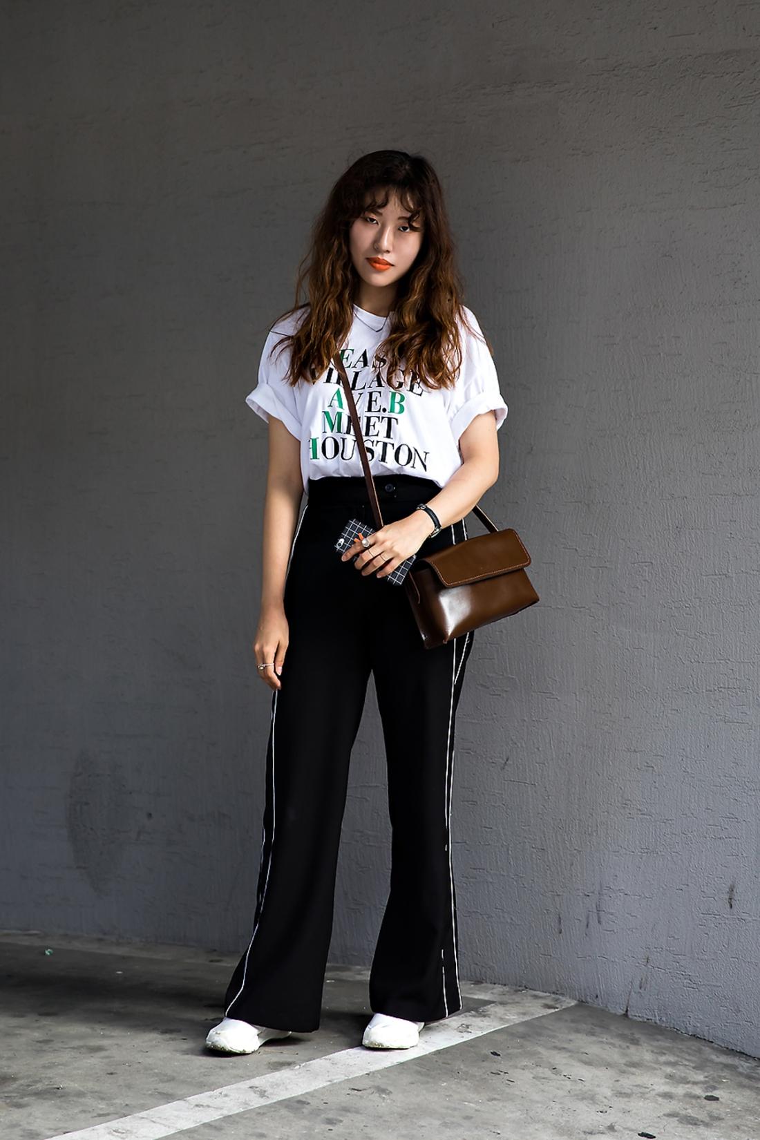 Yoon Eunkyung, Street Fashion 2017 in Seoul.jpg
