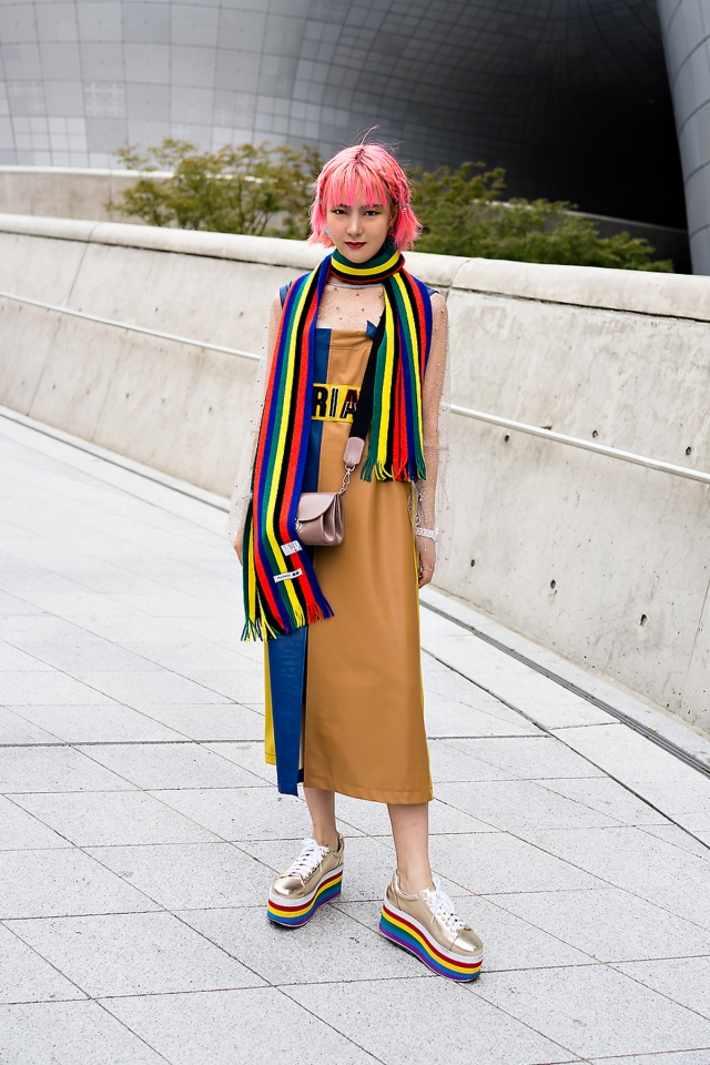 Yoon Chaerim, SEOUL FASHION WEEK 2018SS.jpg