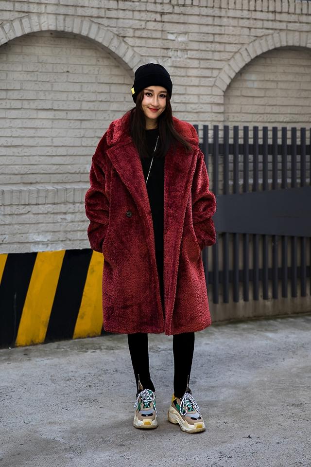 Chichi, Street style women winter 2017 inseoul