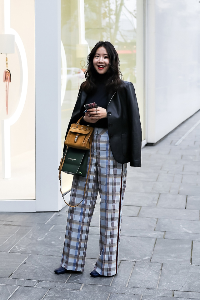 Han Yeona, Street style women winter 2017 inseoul