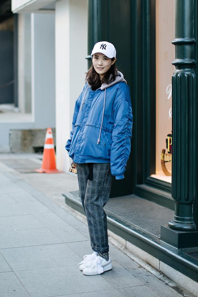 Kangjing, Street style women winter 2017-2018 inseoul