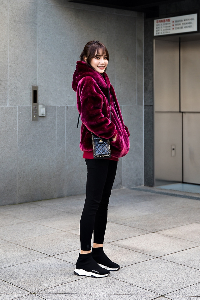 May, Street style women winter 2017 in seoul
