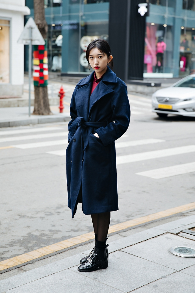 Ha Jiwon, Street style women winter 2017-2018 in seoul