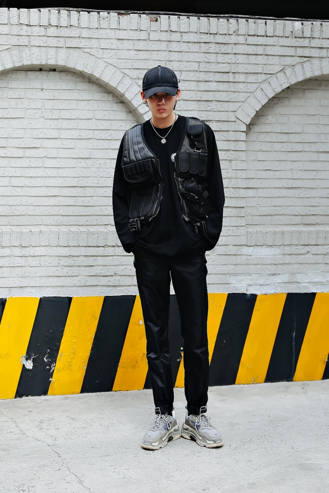Lee Chisin, Street style men spring 2018 in seoul