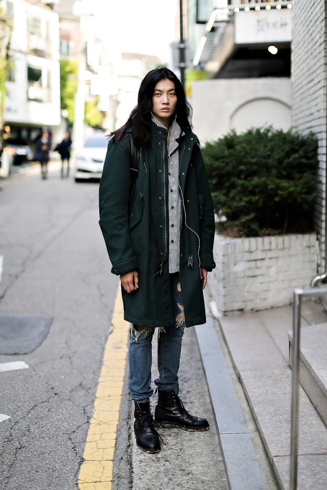 Men fall street style fourth week of october 2018 in seoul14