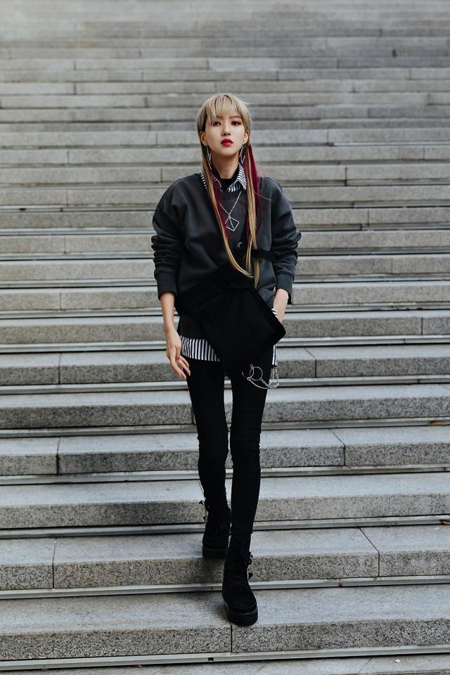SEOUL FASHION WEEK STREETWEAR WOMENS 2019SS 12
