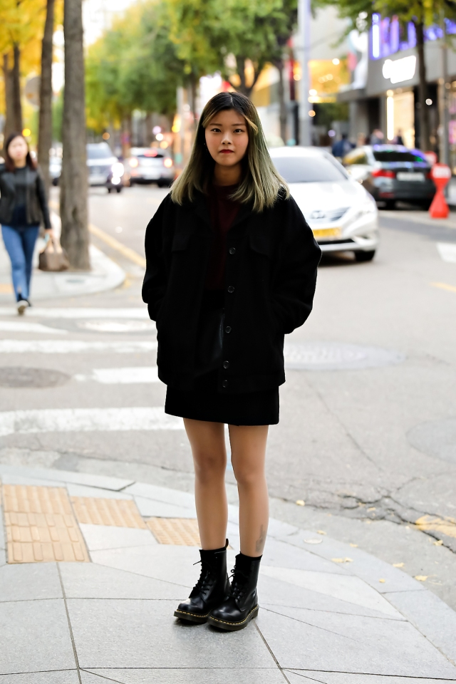 Women fall street style last week of october 2018 in seoul 10