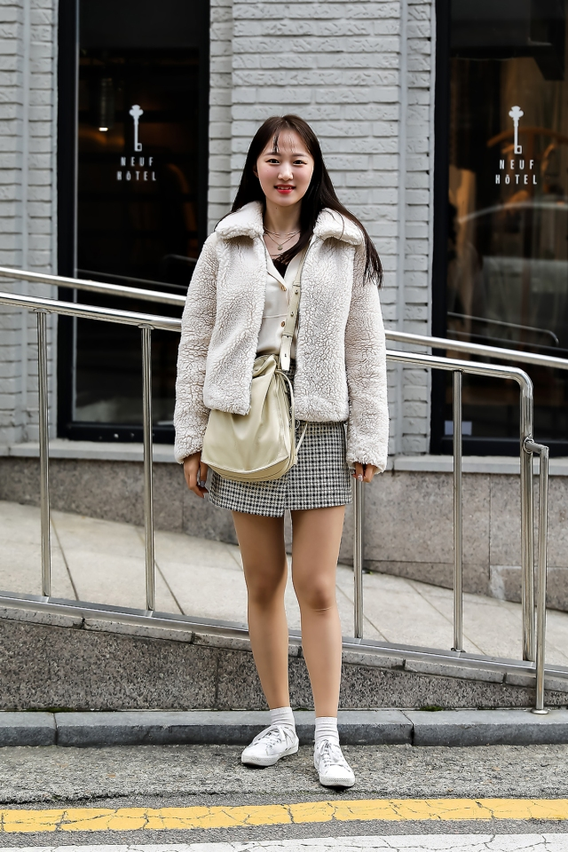 Women fall street style last week of october 2018 in seoul 1