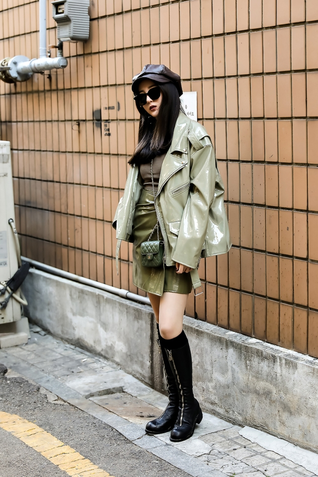 Women fall street style last week of october 2018 in seoul 13