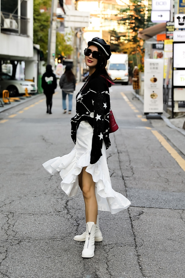 Women fall street style last week of october 2018 in seoul 17