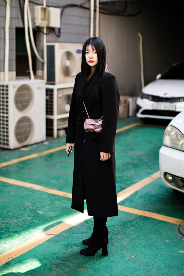 Women fall street style last week of october 2018 in seoul 18