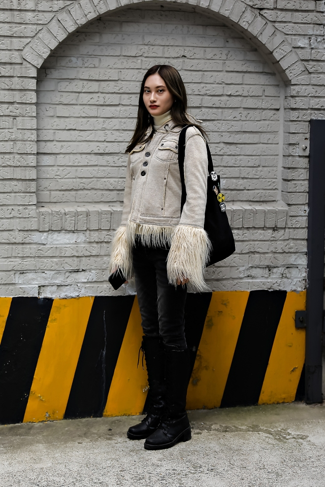 Women fall street style last week of october 2018 in seoul 2